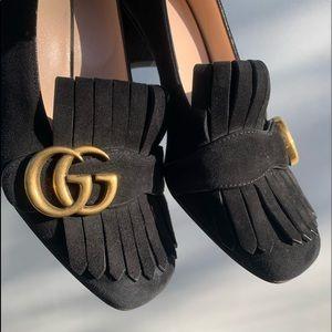 Beautiful Gucci Black Suede Pumps